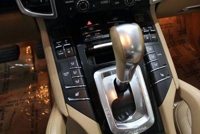 2014 Porsche Cayenne Sport